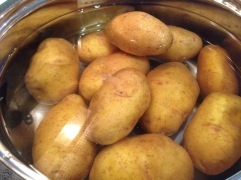 Erdäpfel kochen